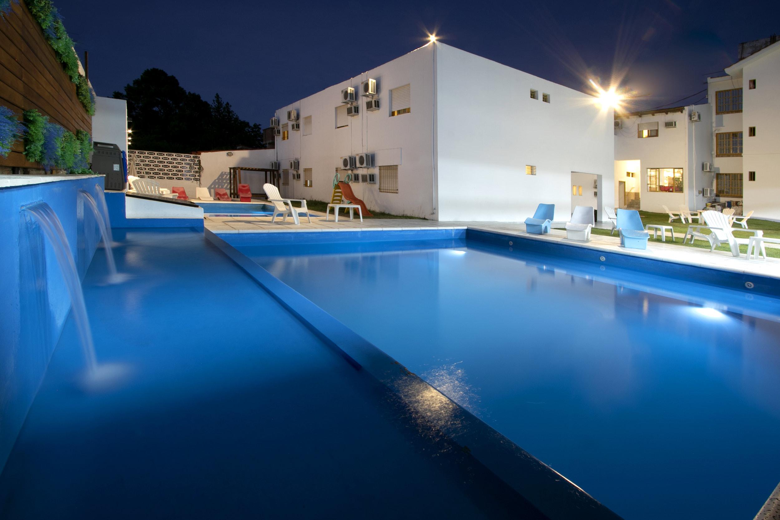 http://www.hotelsierrasol.com/wp-content/uploads//2020/09/piscina-3.jpg